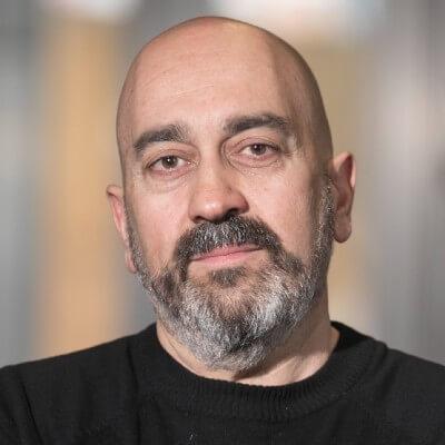 Foto del professor Guillermo Bautista Pérez