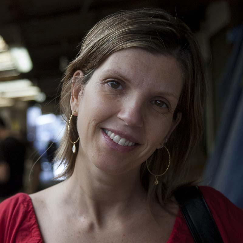 Foto de la profesora Mirela Fiori