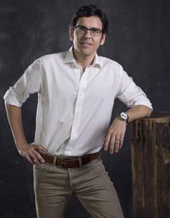 Xavier Escales